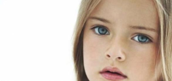 Menina mais bonita do mundo tem apenas 8 anos