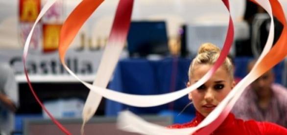Una de las mejores gimnastas del país (fotoritmic)