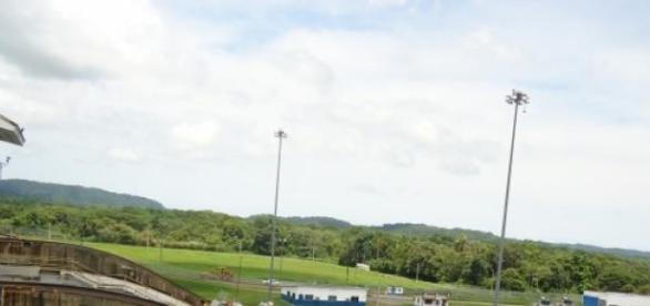 Vista do canal do alto da torre de observação