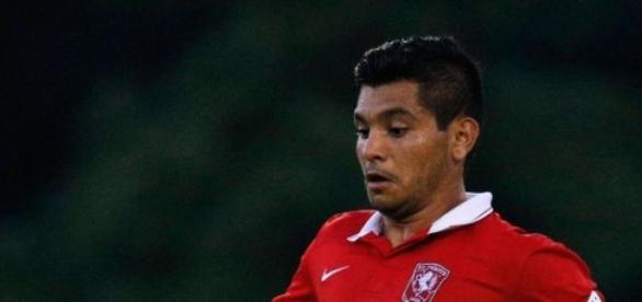 """""""Tecatito"""" Corona marcó un gol con el Twente"""