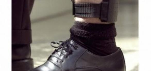 braccialetto elettronico arresti domiciliari