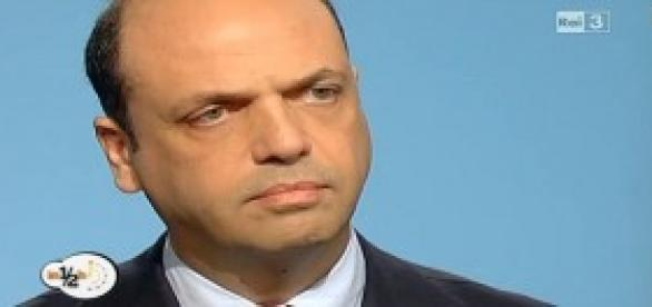 Gentile si è dimesso, primo colpo al NCD