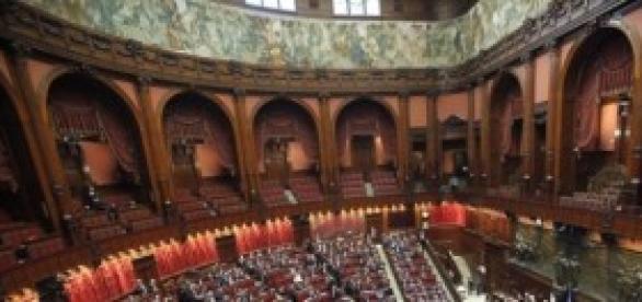 Politica: Berlusconi affidato ai Servizi Sociali