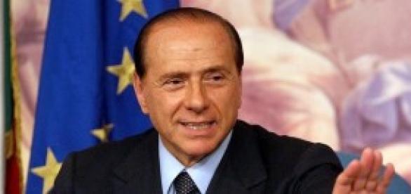 La Merkel e Juncker contro Berlusconi