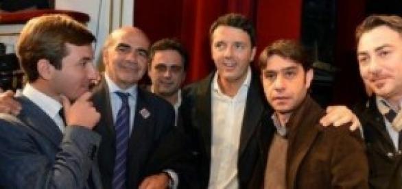 Matteo Renzi con amministratori locali a Napoli