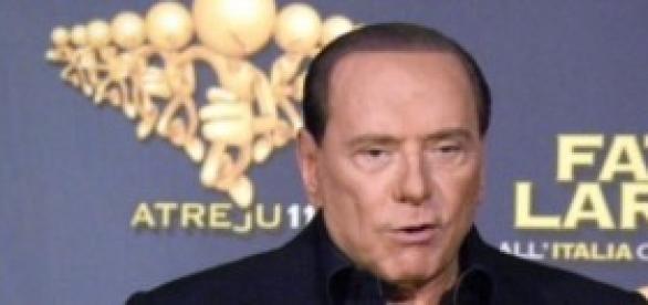 Elezioni europee: Berlusconi vs Grillo