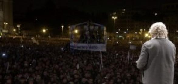 Beppe Grillo streaming Piazza San Giovanni Roma
