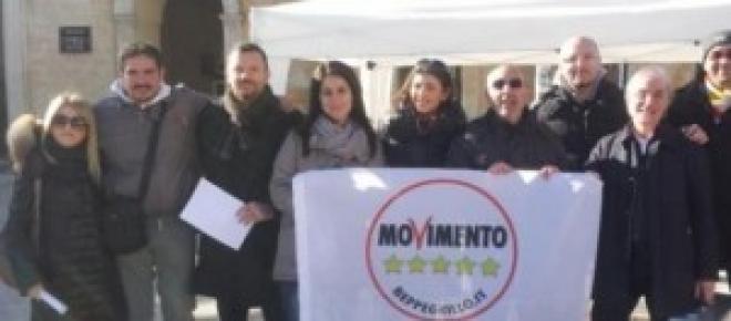 Un gruppo di attivisti grillini