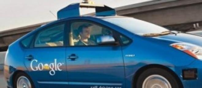 Carro sem condutor já roda em ambiente urbano