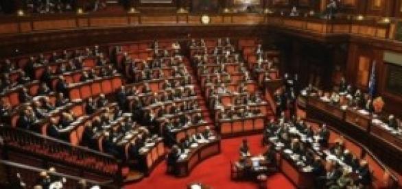 Governo Renzi, stipendi parlamentari:Camera-Senato