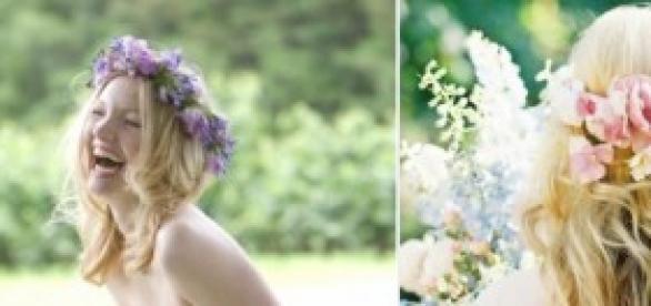 Usar coronitas de flores en el pelo