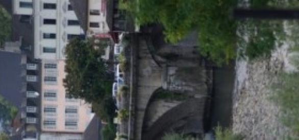 Oloron Sainte-Marie, là coule une rivière