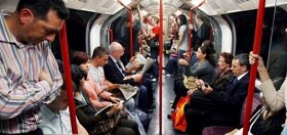 Tube etiquette:avoid eye contact and don't talk
