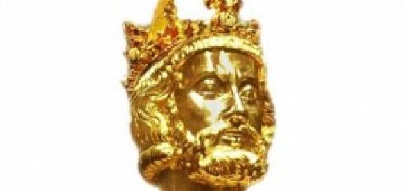 Carlomagno Busto-urna con cúpula craneal