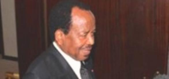 Paul Biya en entretien avec la presse à Nsimalen