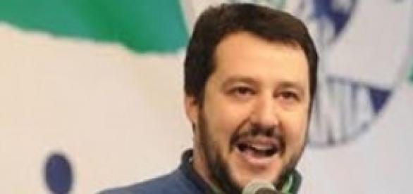 Salvini promuove la resistenza fiscale.