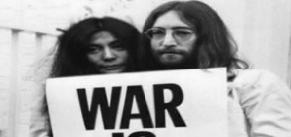 "John y Yoko ""War is over"" !"