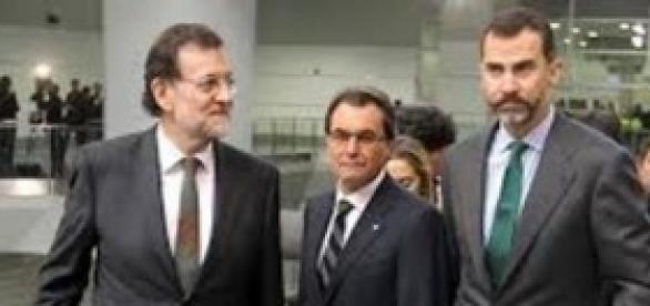 Mariano Rajoy, Artur Mas y el Rey Felipe VI