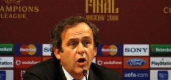 Michel Platini no aceptó el retiro de Ribery