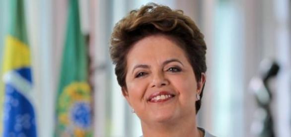 "Lema geral: ""Brasil, pátria educadora""."