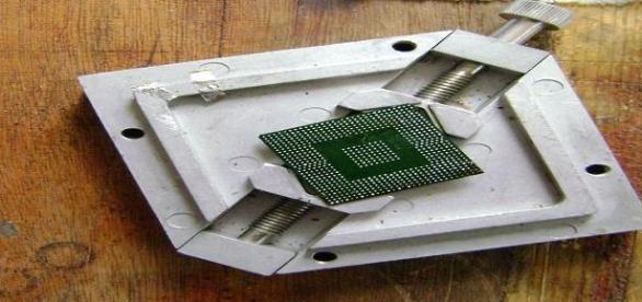 Repararea unui chip video de laptop