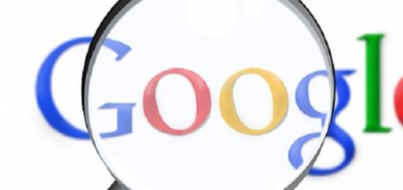 Google translate é a maior ferramenta de tradução.