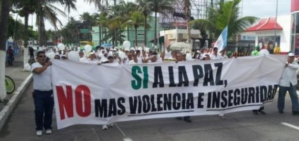 Marcha contra la inseguridad en zona Veracruz-Boca