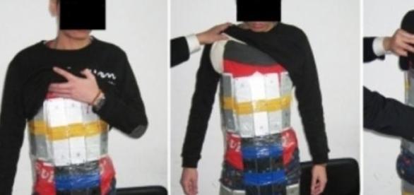 El detenido capturado con su armadura de Apple