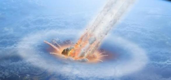 Meteorito cayendo a la Tierra.