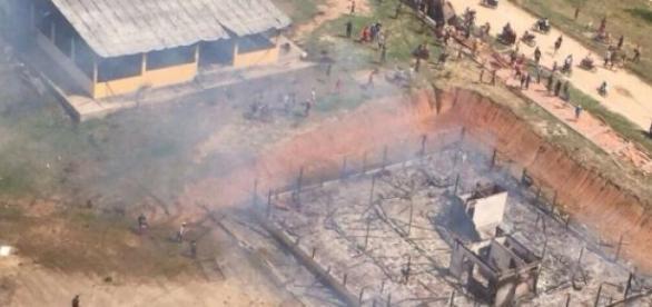 Casa de prefeito de Coari sofreu ataque ontem (14)