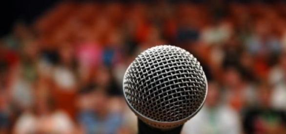 Vorbitul in public este greu