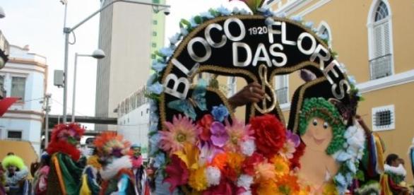Bloco das Flores, o mais antigo do Recife