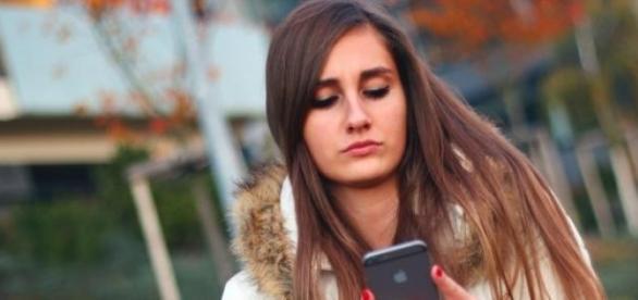 Geração que só fica no telefone e na internet
