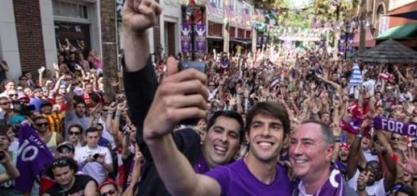 Kaka en su recibimiento en Orlando