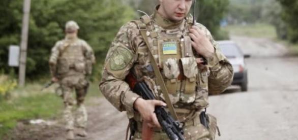 Tropas ucranianas recuperam aeroporto de Donetsk.