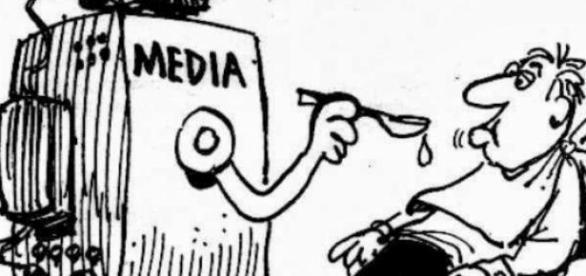 mass-media influențează opinia publică