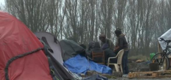 Capture d'une vidéo sur les migrants de Calais.