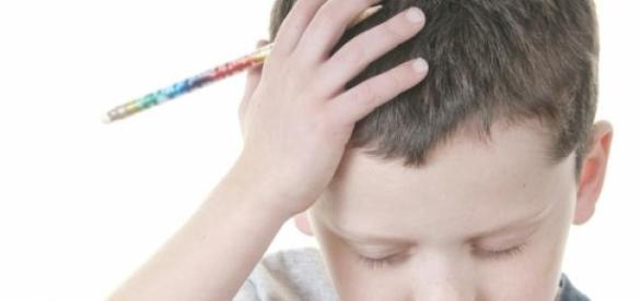 Copiii sunt stresati din cauza volumului de teme