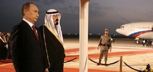 Le Roi Abdalah en compagnie de Vladimir Poutine.