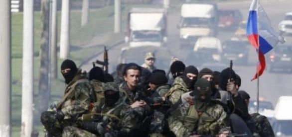 Rusia ii sprijina pe separatisti