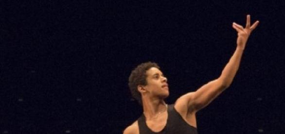 Um bailarino português no Royal Ballet.