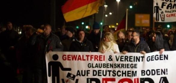 Demonstracje Pegidy zyskują nowych zwolenników