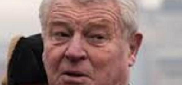 Lord Ashdown will consider voice-over offers
