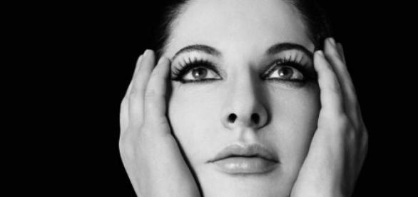 Marina Abramovic estreia Terra Communal em março