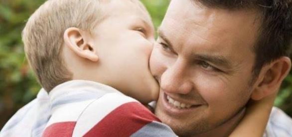 Pais terão que cuidar da mesma maneira que as mães