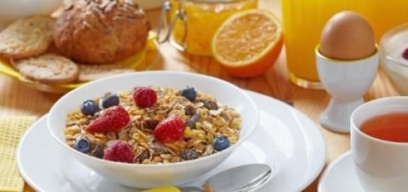 Daca sari peste micul dejun te ingrasi cu 13 kg