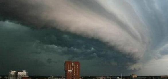 Taifun asupra unui oras...