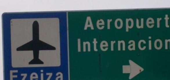 Placa indicativa do aeroporto Ezeiza