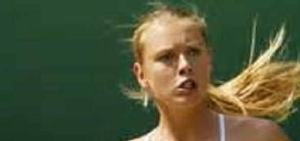 Sharapova will face Serena Williams in final