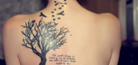 un tatuaj implica multe riscuri